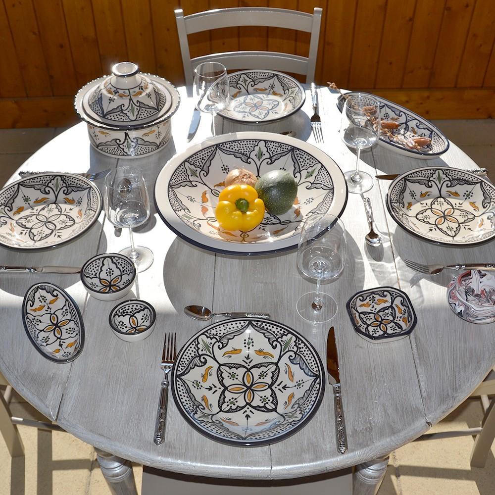 Service couscous assiettes creuses marocain noir 6 pers for Service de table noir