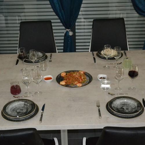Service de table Black Round - 19 pièces
