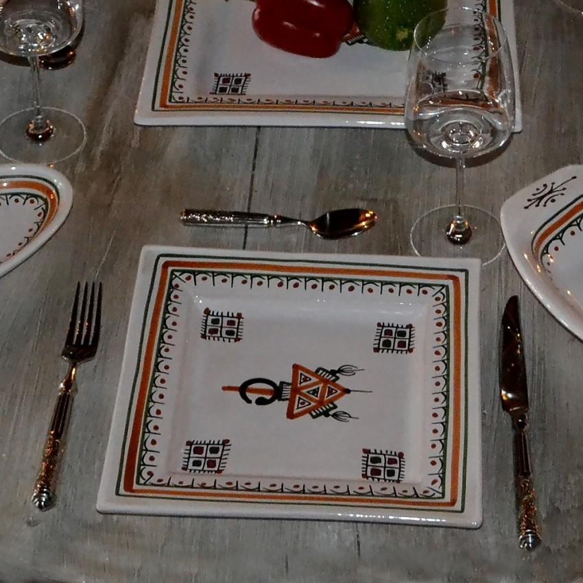 Assiette carrée Sahel beige - L 24 cm