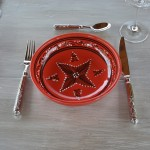 Service à couscous assiettes jattes Tatoué rouge - 8 pers