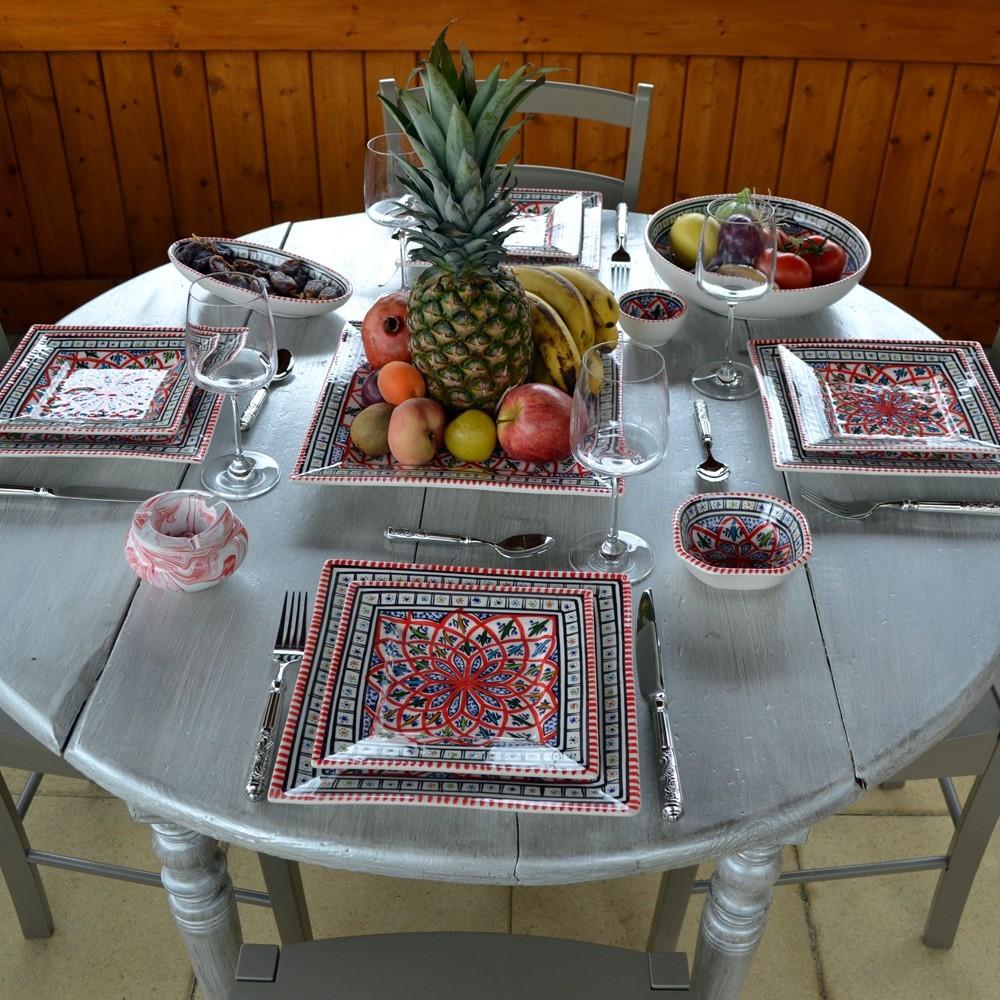assiette carr es bakir rouge l 19 cm. Black Bedroom Furniture Sets. Home Design Ideas